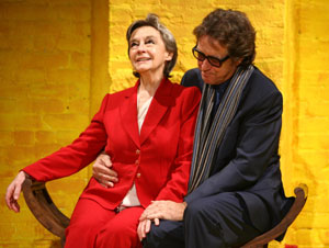 Zoe Caldwell and Larry Pine in A Spanish Play (© Joan Marcus)