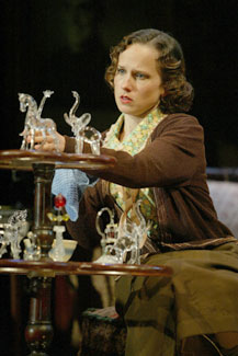 the glass menagerie conflict